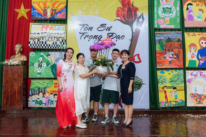 Chào mừng ngày nhà giáo Việt Nam 20/11/2020
